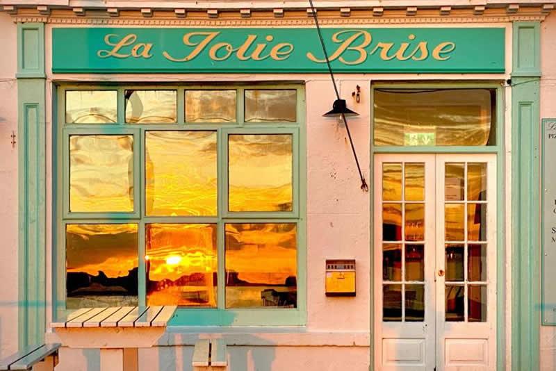 blog3 La Jolie Brise is open for Business!