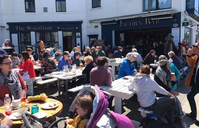 Gallery_0001_Waterfront-square-busy-summers-day Photo Gallery